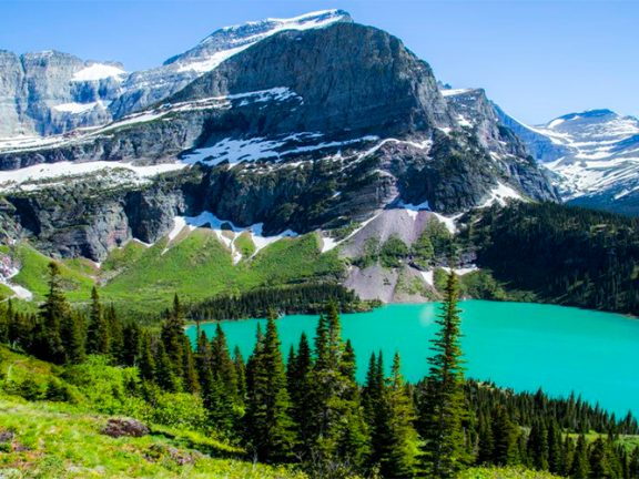 Glacier National Park, USA - Attractions nearby, Hotels & Restaurants
